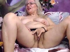 Diana abuelita rubia tan sexy nr59