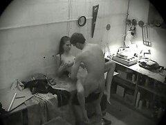Esta cámara de seguridad filmó todo, sexo oral y duró mucho tiempo doggyfuck