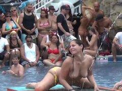 esta fiesta en la piscina tropical resort sólo está calentando