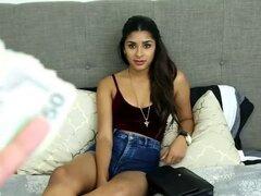 Amateur teen Latina pagado 1000 dólares en un falso casting