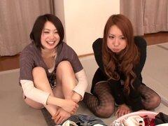 Saki Hatsuki, Maika, Arisu Suzuki, Yu Anzu en ventilador gracias BakoBako Bus Tour 2012 parte 1.2