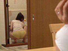 Lesbianas japonesas: Tsubomi y Yuu parte 2 (censurado). Lesbianas japonesas: Tsubomi y Yuu parte 2 (censurado)