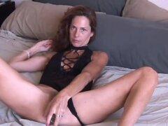 Madura amateur le encanta anal