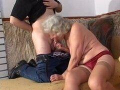 abuela con tetas slaggy va anal,