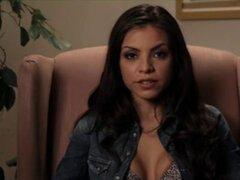 Yurizan Beltran - chica caliente Latina tetona