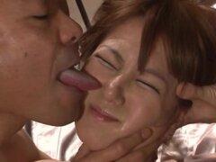 Limitada Sena Kojima se la follan áspero en una sala de la prisión