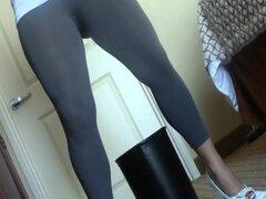 Chicas meando spandex lycra pantalones y polainas 31