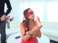 Brazzers - Brazzers Exxtra - escena de prueba de gusto oculta Nikkis protagonizando una escena de Nikki Benz y Danny D. Brazzers - Brazzers Exxtra - Nikkis prueba de gusto oculta protagonizada por Nikki Benz y Danny D