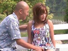 Japonesa cachonda modelo Aika en JAV mejor escena de mamada sin censura