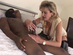 Lady Sonia follando BBC en sesión cuckold