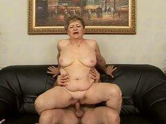 mujer madura follada por tio totalmente
