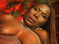 Mujeres maduras negras 11 - escena de Tina