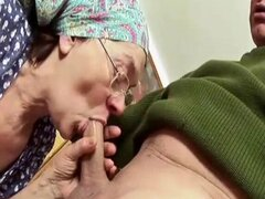 abuelas culonas porn
