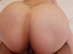 culos gigantes porn