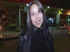 Cristina Arag n Chica colombiana haciendo de Todo