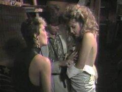 Vaquera amar da handjob excelente dick enorme en el trío porno retro - Erica Boyer