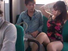 Increíble guarra japonesa Chinatsu Kurusu en JAV exótica película sin censura de sexo en grupo