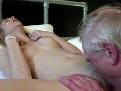 Viejos follar abuela y puta anal snapchat
